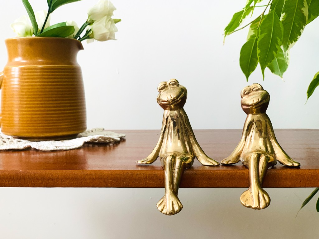 brass frogs | vintage homeware trends | vintage homeware blog
